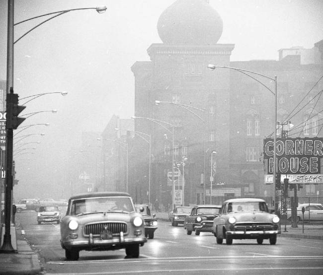 photo-chicago-ohio-and-ontario-streets-medinah-temple-in-background-corner-house-was-at-100-e-ohio-foggy-day-1963