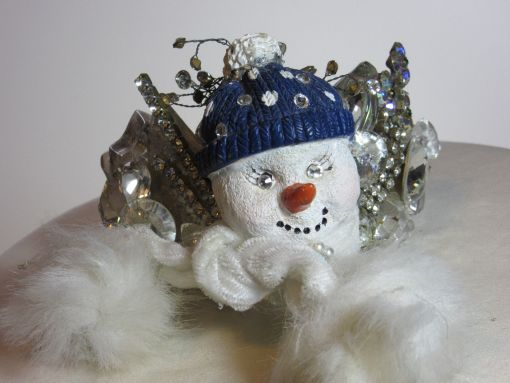 Snowman with Muffler Wristy for Christmas time by fashion jewelry designer Wendy Gell