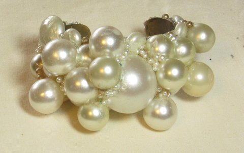 Bubble Bath Pearls Bridal Wristy by Wendy Gell