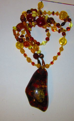 Amber Necklace by jewelry designer Wendy Gell