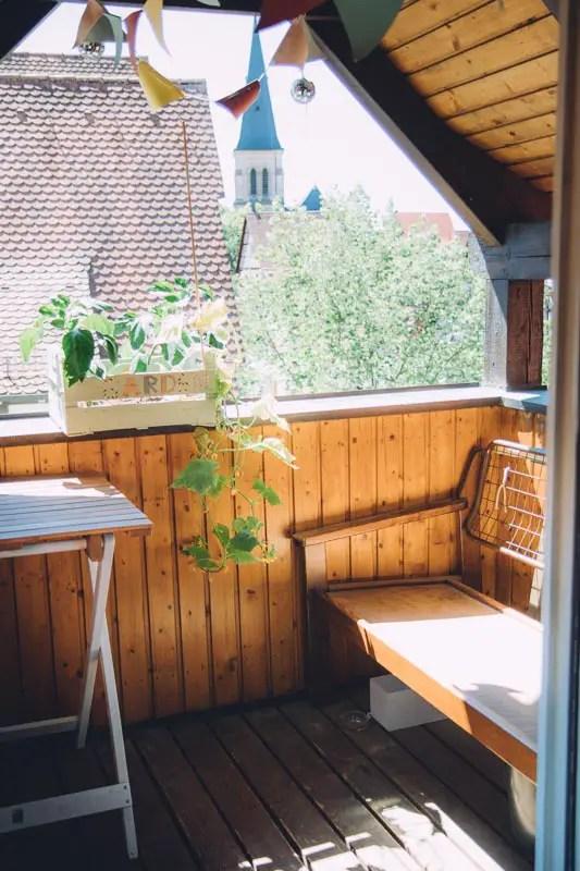 Kleinen Balkon gestalten  so wird auch ein kleiner Balkon richtig schn