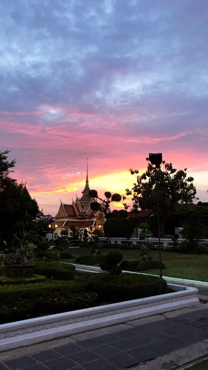 Sonnenuntergang beim Wat Arun
