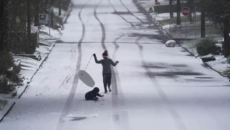 Texas: 11-year-old Boy Dies In Snowfall