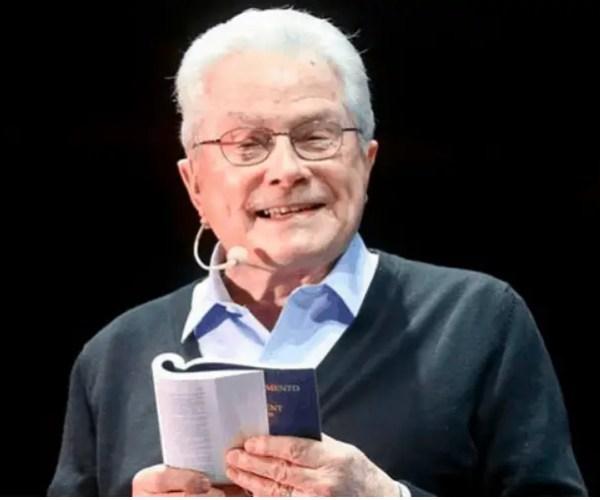 Evangelist Luis Palau Dies At 86