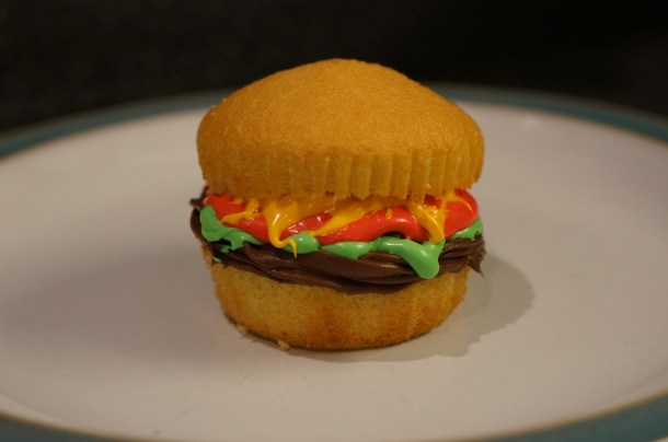how to make a hamburger cupcake