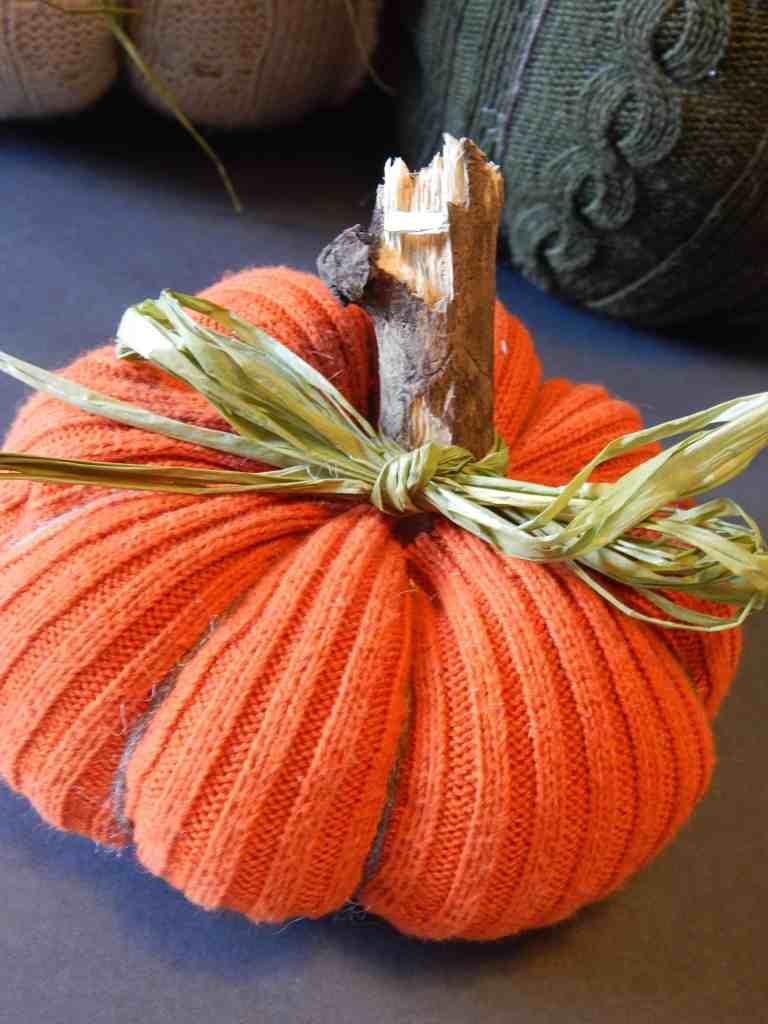 no sew sweater pumpkin