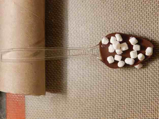 how to make hot chocolate spoons