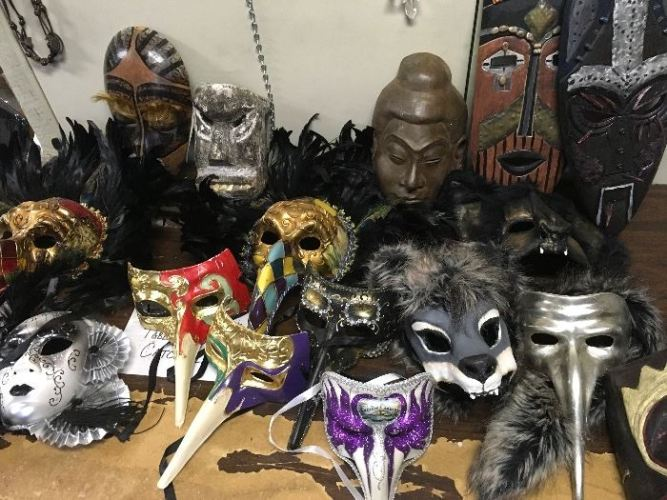 """This weekend, """"Grimm"""" fans in PDX can buy all of the show's creature props featured image"""
