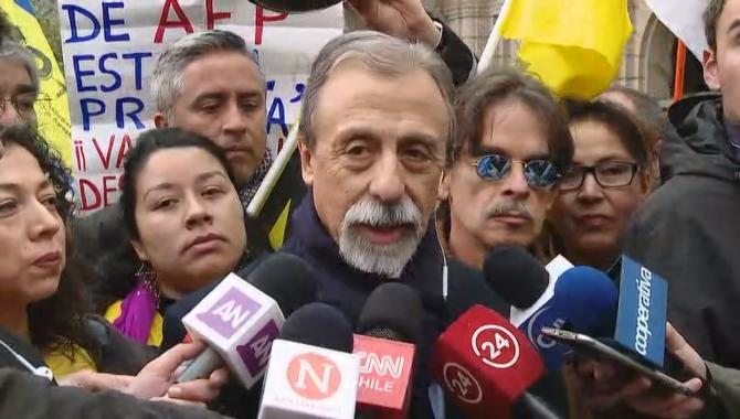 """Luis Mesina en CNN Chile """"Rodrigo Valdés es un defensor de las AFP, no representa el sentir de la ciudadanía"""""""