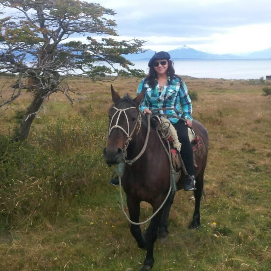 Chile - Entrevista a Leticia Caro, representante del Pueblo Kawesqar de la Patagonia