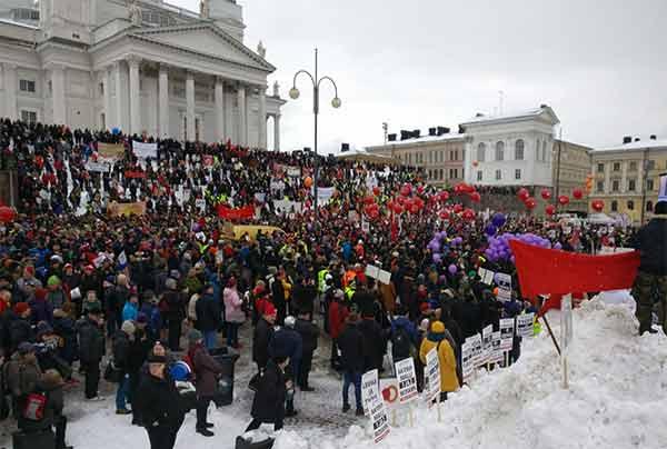 Movilizaciones masivas contra los ataques del Gobierno finlandés a los desempleados