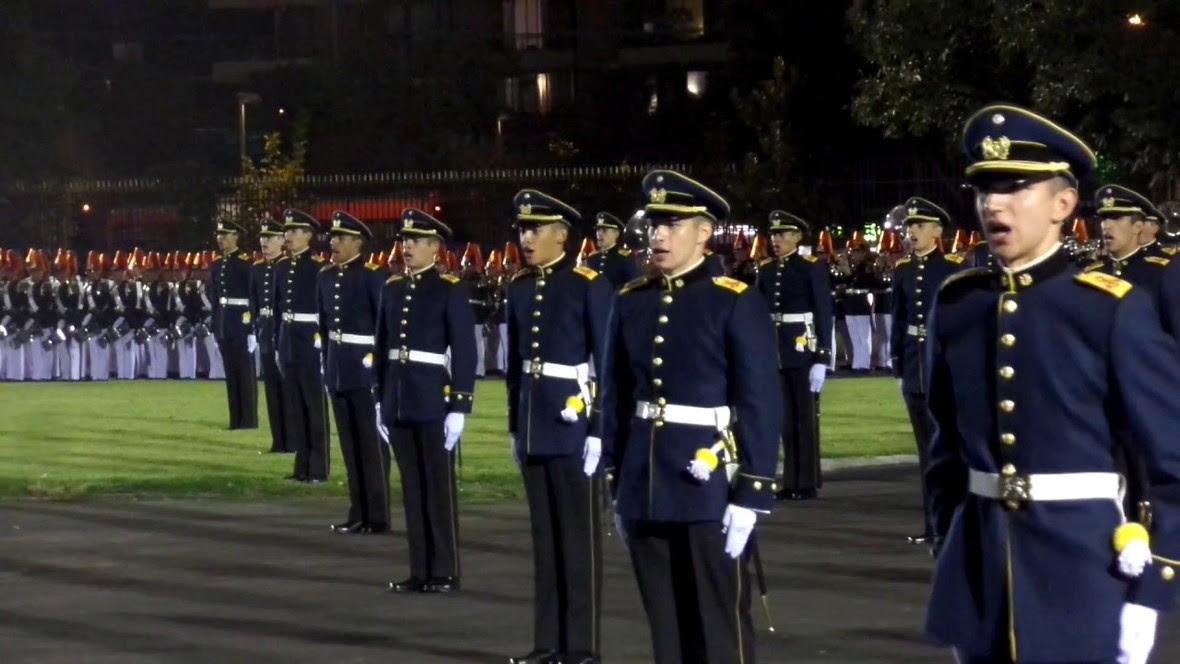 Chile -  ¿Ruido de sables en el ejército?