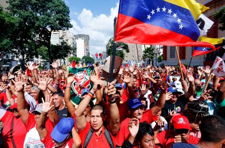 El capitalismo internacional se une detrás del líder de la oposición de derecha de Venezuela