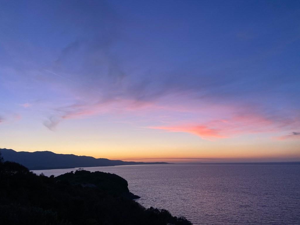 Sonnenuntergang hinter Korfu