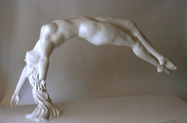 Une des sculptures en plâtre de Guillaume Werle, Aurore. Elle fait partie des sculptures classiques.