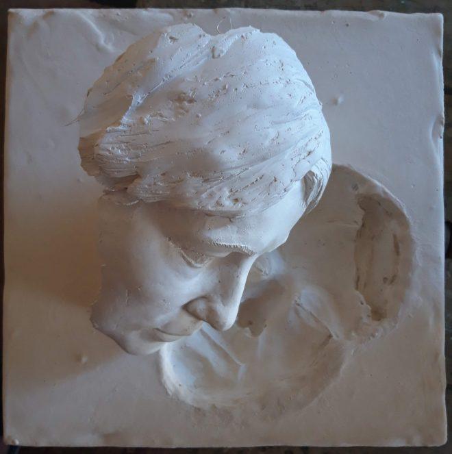 Muse endormie, est une des dernières sculptures en plâtre de Guillaume Werle, une oeuvre réalisée en 2019 dans l'esprit de sa série Empreintes - Enveloppe. Cette oeuvre représente un visage de femme et son reflet. Le reflet est réalisé en réalité en creux. Cette sculpture préfigure une nouvelle voie de recherche artistique mêlant la représentation en plein et l'utilisation du creux, ou de l'empreinte en opposition ou en complément.