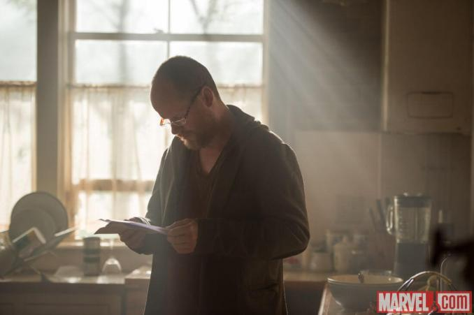 avengers-age-of-ultron-joss-whedon-behind
