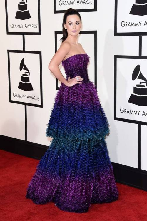 kacey-musgraves-grammys-red-carpet-2016