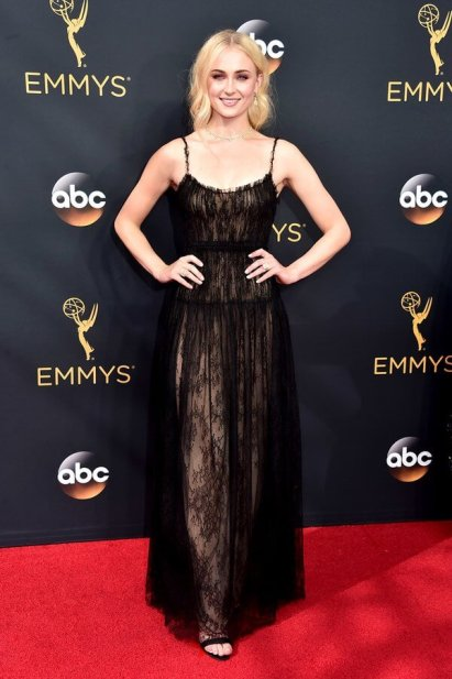 emmys-2016-all-the-red-carpet-looks-ss11