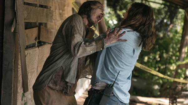 What the Walking Dead: Warning Signs 91