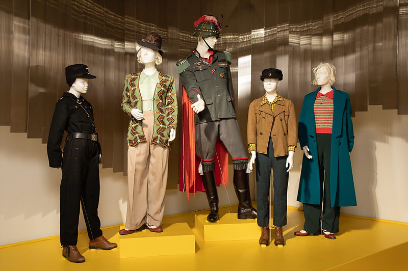 """A Haute Second with Spencer: The 28th """"Art of Motion Picture Costume Design"""" Exhibition 90"""