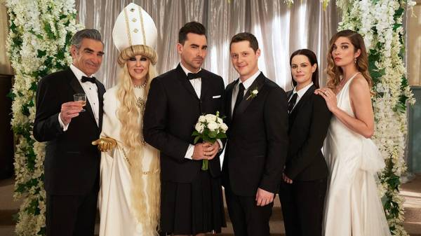 Schitt's Creek: Simply The Best 77