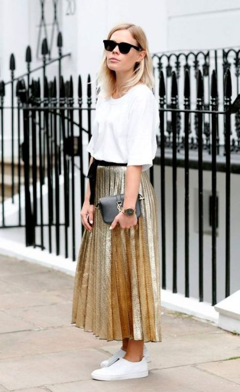 wersm pleated skirt and tee