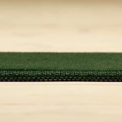 bentleygrønt tæppe med kant