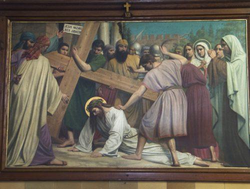De zevende statie: Jezus valt ten tweede male