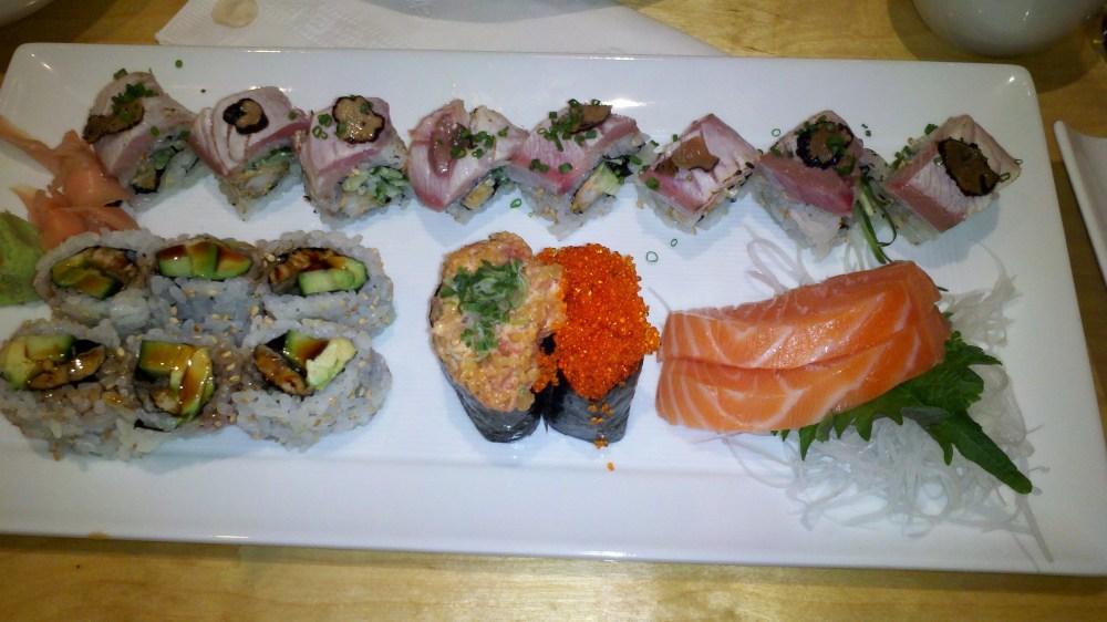 Fish Market - Favorite Sushi (3/5)