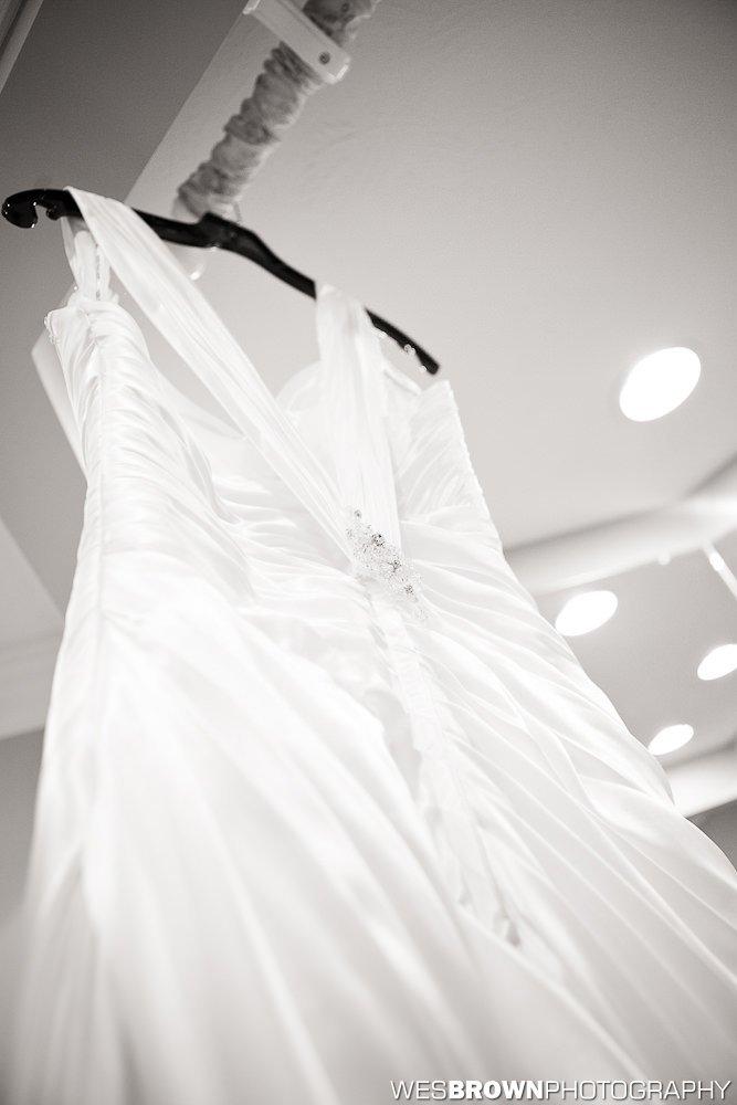 0143_9183_20110910_Krista_and_Jordan_Carter-Wedding- Facebook