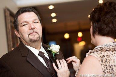0291_8053_20110910_Krista_and_Jordan_Carter-Wedding- Facebook