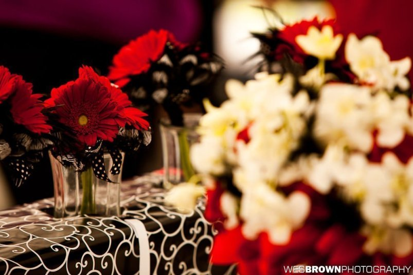 0437_2623_20110924_Taylor_and_Michael-Wedding- Facebook