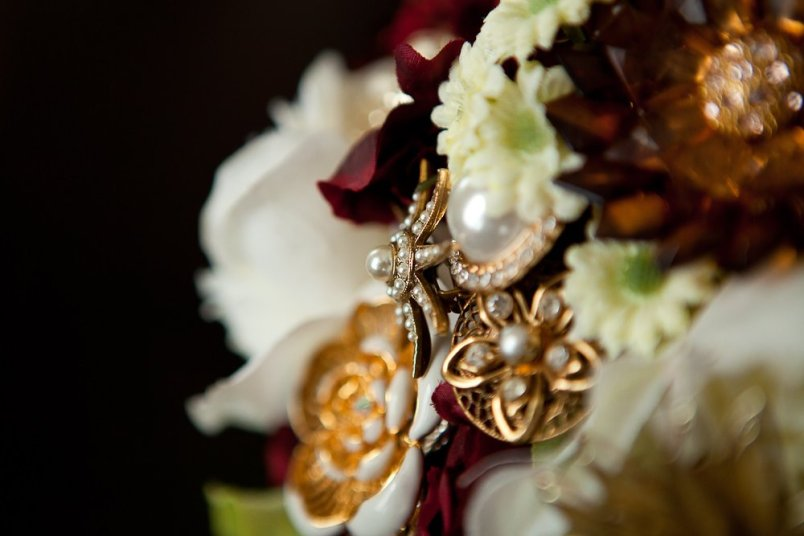 0358_0018_20120225_Micaela_Even_Wedding_Details- Social