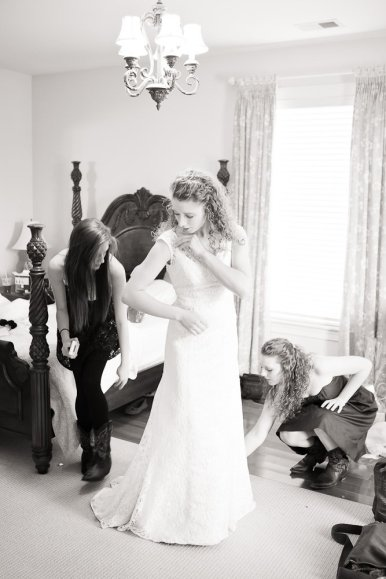 0425_0585_20120225_Micaela_Even_Wedding_Preperation- Social