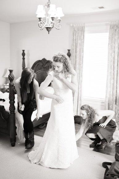 0425_0585_20120225_Micaela_Even_Wedding_Preperation- Social