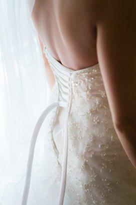 0072_141004-142642_Dillow-Wedding_Preperation_WEB