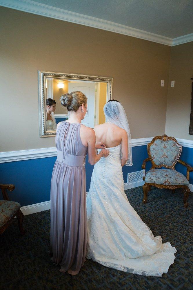 0300_150102-144657_Drew_Noelle-Wedding_Preperation_WEB