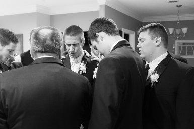 0332_150102-152955_Drew_Noelle-Wedding_Preperation_WEB