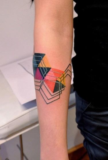 színes geometrikus