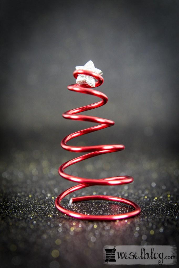 DIY Weihnachtsbaum aus Basteldraht 🎄- WeSeL bLoG