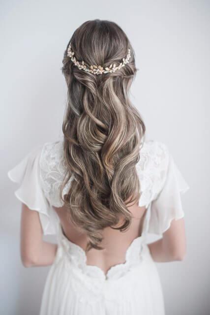 Fryzury ślubne I Weselne Rozpuszczone Włosy Na ślub A
