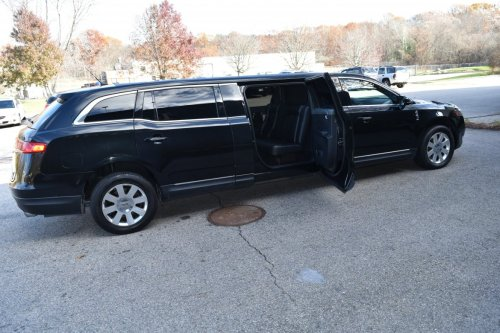 small resolution of limousine for sale 2015 lincoln mkt 70 inch 5 door 70 quot