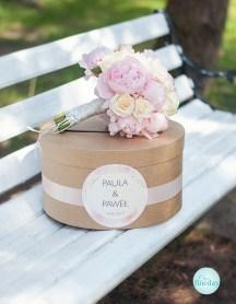 naturalne pudełko na koperty, bukiet ślubny