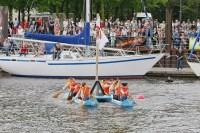 Wenn Pappboote im Museumshafen schwimmen