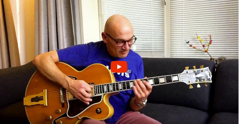 """Ist das die blonde Gibson L5 von """"Full House""""?"""