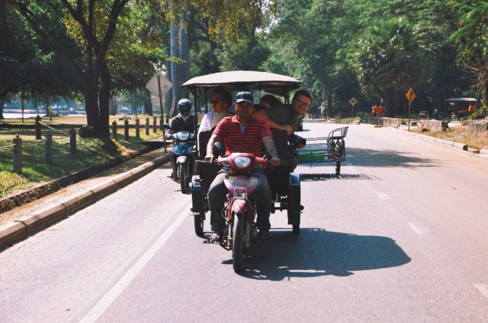 tuk tukiem po Angkorze