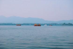 łodzie na jeziorze Zachodnim