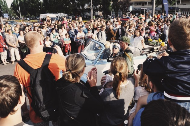 w Gdyni witają nas tłumy, które tak jak my, wpadły na zlot żaglowców