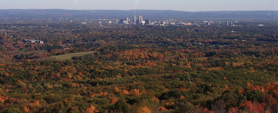 wieżowce Hartford widziane z oddali | źródło: wikpedia